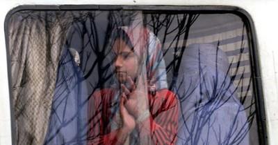 La Nación / Ni niñas ni profesoras en el regreso a clases en Afganistán