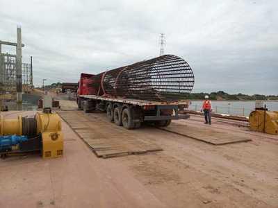Puente Héroes del Chaco: se intensifican frentes de trabajo en el lecho del río
