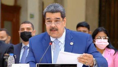 Nicolás Maduro desafió a Mario Abdo a un debate sobre la democracia