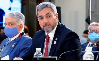 El presidente de Paraguay, Mario Abdo, también apuntó contra los regímenes autoritarios en la región