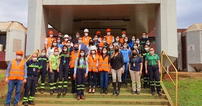 La Nación / Industria asociada a Cappro recibió la visita de autoridades del MIC