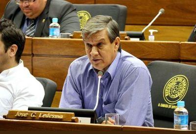 """Ledesma apela a que senadores """"defiendan derechos de la gente y que no se sometan a intereses"""""""