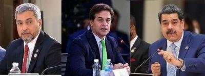 Así se encararon Marito, Maduro y Lacalle en la cumbre de Celac