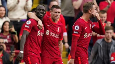 Liverpool festeja ante Crystal Palace y sigue en la cima
