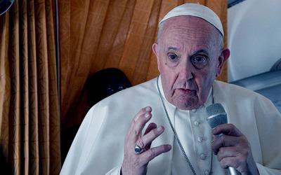 El Papa pide a la Iglesia reconocer errores y pedir perdón por los abusos