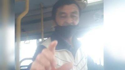 Multan a la Línea 15-1 por echar a joven con sordera