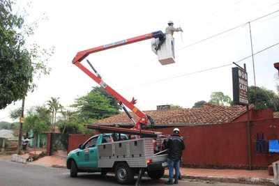 ANDE inició mantenimiento de red en barrios de San Antonio y Ñemby