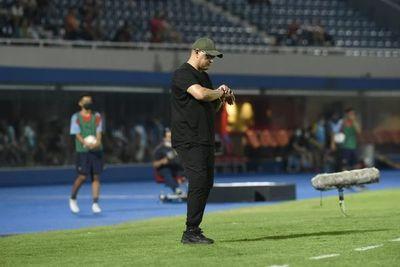 Arce y el por qué Juan Patiño no jugó, pero fue suplente