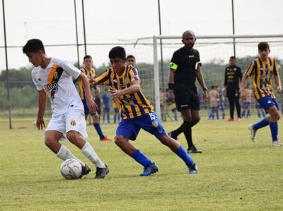 Cerro Porteño y Libertad al frente en la Sub 14