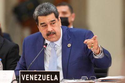 """Maduro tacha de """"provocación"""" discursos de Lacalle y Abdo en reunión de Celac"""