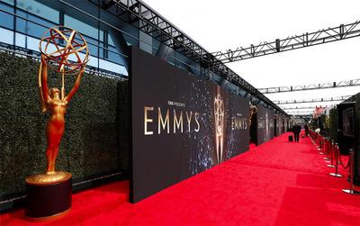 Los mejor y los peores vestidos de los Emmy 2021