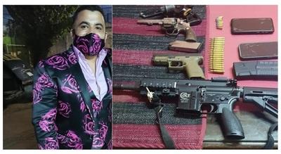 Abogado 'Leopardo' fue detenido portando armas automáticas