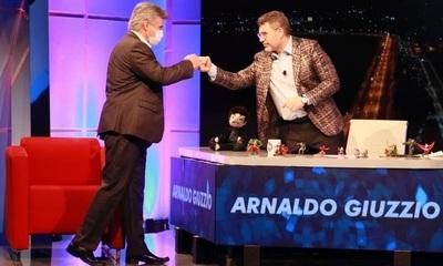 Giuzzio habló con Luis Bareiro