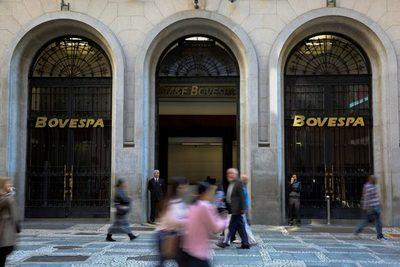 La bolsa de Sao Paulo se hunde un 3,5 % a media sesión por aversión al riesgo