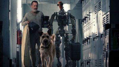 """Tom Hanks, un robot y un perro en primer tráiler de """"Finch"""""""