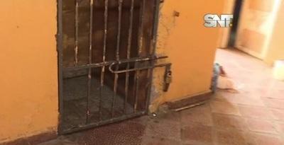 Fernando de la Mora: Cinco reclusos se fugan del calabozo de la comisaría