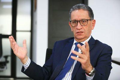 Ecuador concesionará tres bloques de proyectos de energía por 1.861 millones de dólares