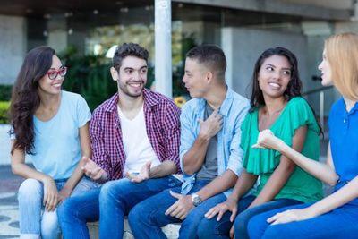La juventud conmemora su día desafiada por el desempleo, la informalidad y escasas oportunidades de estudio