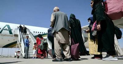 La Nación / Arriesgada operación conjunta de israelíes y emiratíes para rescatar a decenas de mujeres afganas