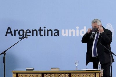 Argentina deroga uso obligatorio de tapabocas al aire libre