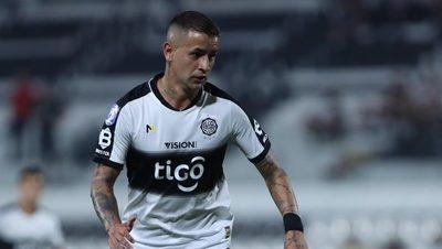 «No puede ser que cambiemos tanto de un partido a otro», dice González