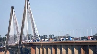 Reapertura de fronteras con Argentina 'es una noticia alentadora', destaca titular de Migraciones