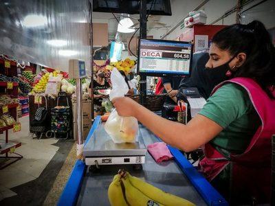 El salario mínimo en Argentina vuelve a aumentar ante la elevada inflación