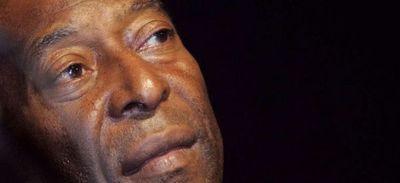 Pelé se ejercita con la esperanza de salir pronto del hospital
