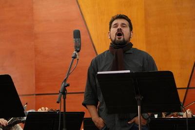 Tenor Francesco y la OSN en concierto