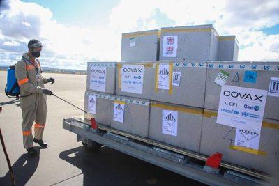 En octubre arribarán más de 480.000 dosis de Pfizer y Sinopharm por el Mecanismo COVAX