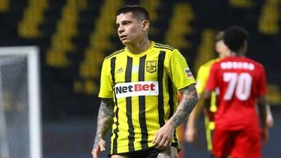 Eliminatorias: Eduardo Berizzo reserva a los del exterior