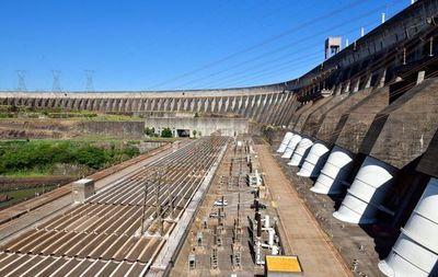 Itaipú: crisis por bajante de río no impactará en precio final de la energía en Paraguay, asegura técnico