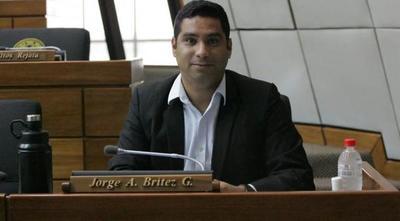 Diputado antivacuna fracasa en intento de exigir postura sobre inmunización – Prensa 5