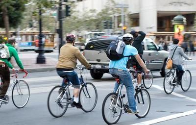 Día Mundial sin Auto: ¿Cuáles son los beneficios de ir a tu trabajo en bicicleta?