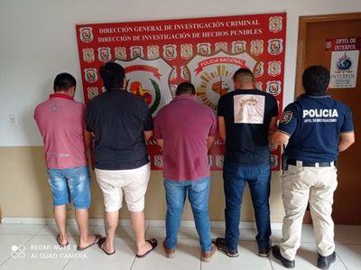 Caen cuatro hombres que ofrecían máquinas compradas con cheque robada por Facebook