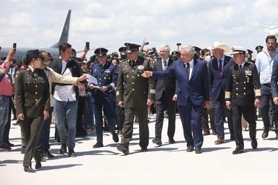 Feria Aeroespacial de México despega en el nuevo aeropuerto de López Obrador