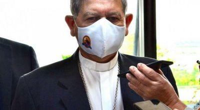 Obispo millonario en lobby en el Congreso para trancar ley contra invasores