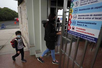 """Unicef ratifica que escuelas """"no son focos de contagio"""""""