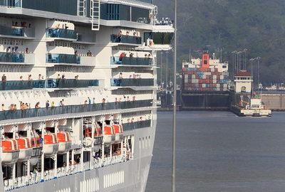 Canal de Panamá clama por descarbonizar el transporte marítimo mundial