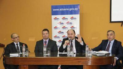 Titular de Aduanas será interpelado por casos de contrabando y robo