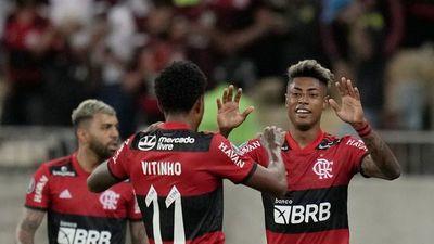 Flamengo saca buena ventaja en la ida