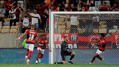 Flamengo saca ventaja ante Barcelona y sueña con nueva final