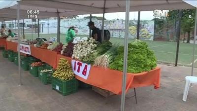 Plaza de los Héroes: Vuelve la feria agropecuaria a Fdo. de la Mora