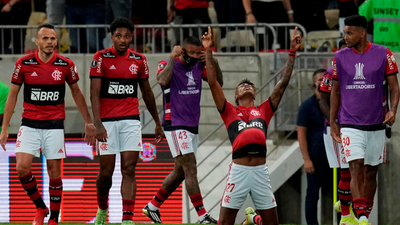 Flamengo venció con justicia a Barcelona y tiene un pie en la final