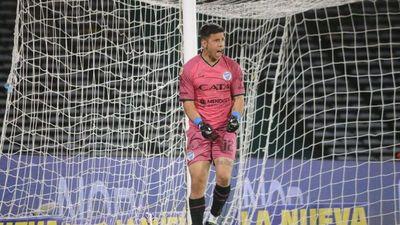 Juan Espínola pone a Godoy Cruz en cuartos