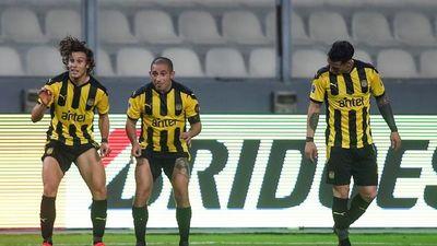 Peñarol busca dar el primer golpe ante Paranaense