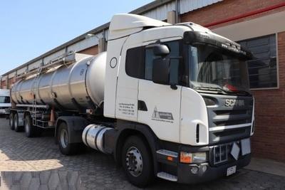 Transporte de combustibles vía terrestre desembocaría en nuevo aumento de precios