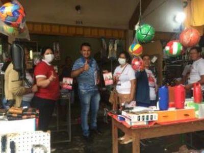 Entusiasmo y Algarabía se vivió con la visita de Marcial Lezcano a trabajadores en la Línea Internacional
