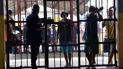 Ministra de Justicia está en contra de prohibir medidas sustitutivas
