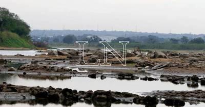 La Nación / Nivel del río: todavía se puede aguantar sin suba de precios, pero insisten en dragados